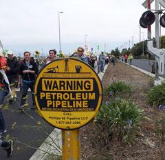 Chevron-Petroleum-pipeline (photo by M. Merrill)